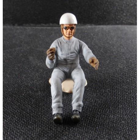 Figurine pilote année 50