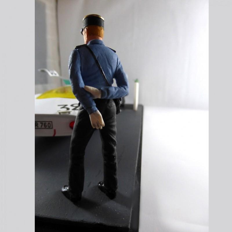 Figurine Gendarme Année 60, 1/24e
