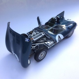 1/24 Jaguar D Type  Short Nose n°4 1st Le Mans 1956
