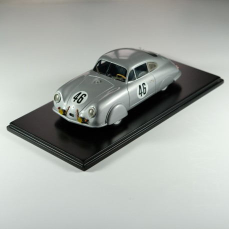 1:24 Porsche 356 Le Mans 1951 model kit car profil 24