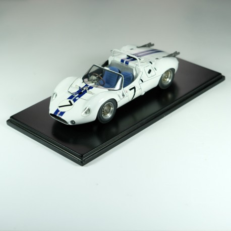 1:24 Maserati Tipo 63 Le Mans 1961 model kit car Profil 24