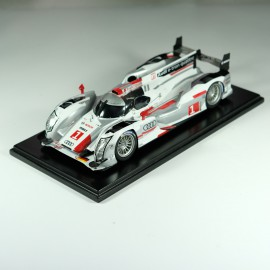 1/24 kit Audi e Tron Le Mans 2012 model kit car Profil 24