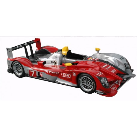 1:24 Audi R15 Plus Le Mans 2010 model kit car